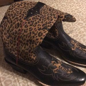 Black and leopard Cowboy boots from Nashville